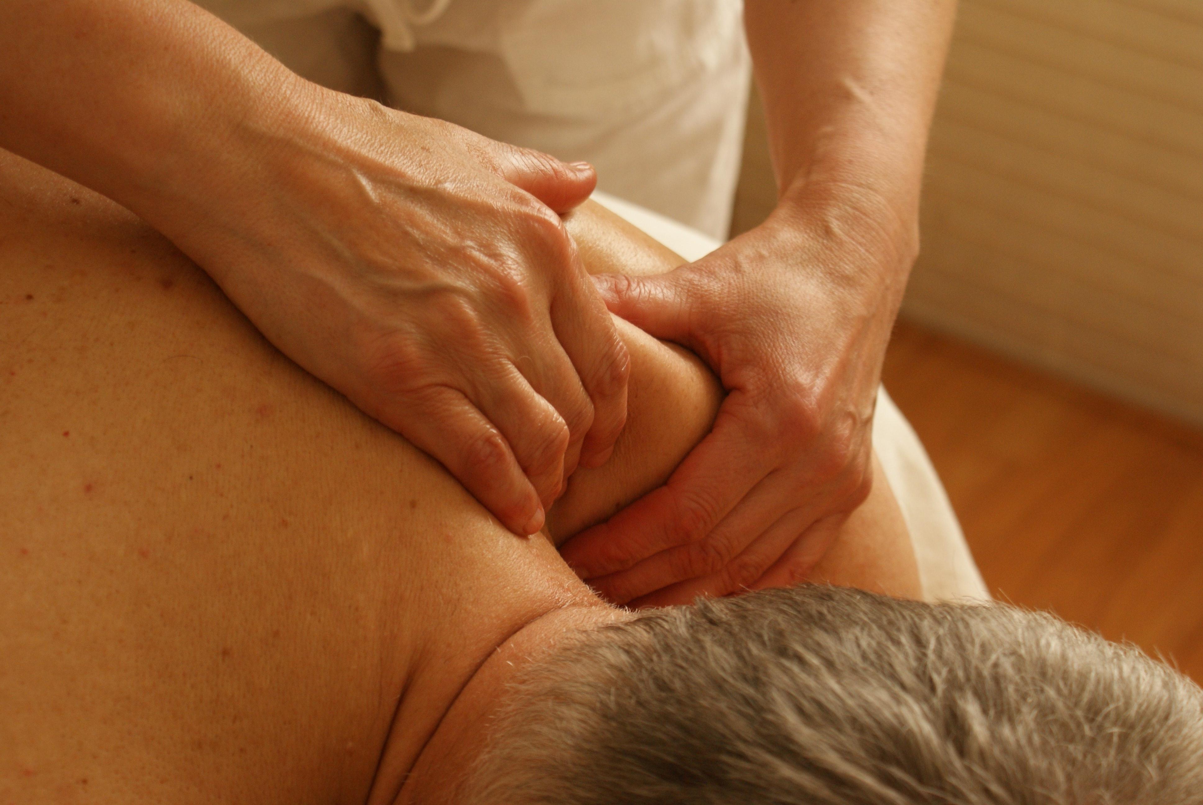 Značaj duboke masaže mekih tkiva kod lečenja skolioze