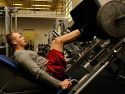 Početnik u teretani ima dosta problema kada je vežbanje u pitanju, zato postoje osnovni fitnes principi koje bi trebalo znati kako bi treniranje bilo efikasnije.