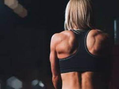 Da li je fizička aktivnost zauzela svoje mesto u vašem dnevnom rasporedu? I, kako vam se čini? Da li je vežbanje naporno? Javite mi svoja zapažanja, na kakve ste poteškoće nailazili, ako ih je uopšte bilo. Slede vežbe kako biste dobili velika ramena.