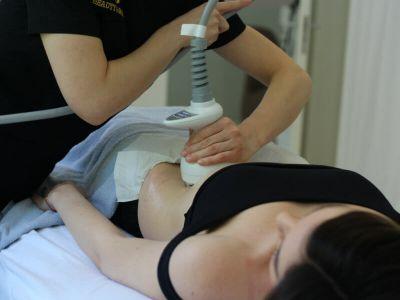 Summer body ready je sklop tretmana 3u1 kojim se poboljšava izgled figure. Predstavlja kombinaciju aparaturne, manuelne tehnike i nutritiv.