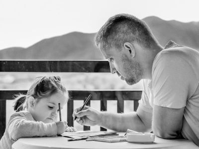 Prema istraživanjima 70-80% dece koja kasne u razvoju govora i jezika sustigne svoje vršnjake. Ali šta ćemo sa onih 20-30% koja ne stignu? Odgovara logoped, Smilja Vukotić.