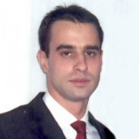 Specijalista infektologije koji radi u Kliničkom centru u Nišu.