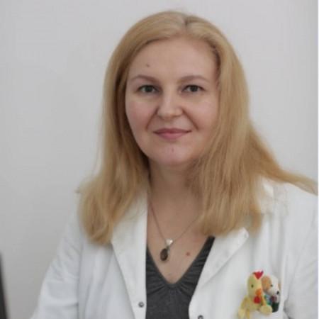 Dr Danijela Todorović je specijalista pedijatrije.