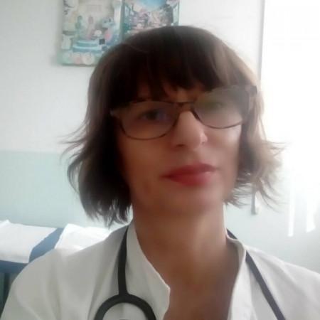 Dr Slavica Veselinović, Pedijatar