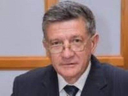 Prof. dr Svetislav Kostić, Specijalista interne medicine - nefrolog