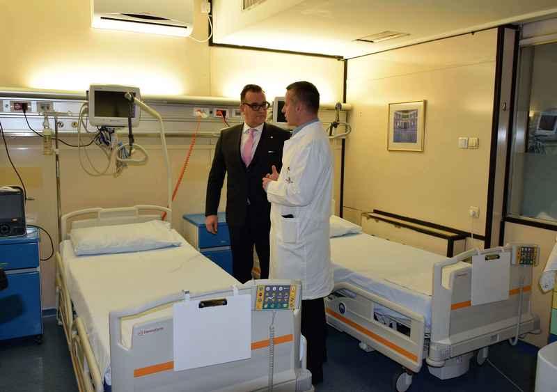 Urgentni centar KCS dobija 20 novih medicinskih kreveta