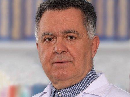 Prof. dr Miroslav Granić, Specijalista onkohirurgije