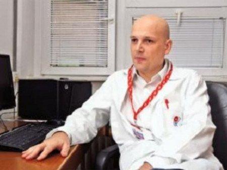 Prof. dr Tihomir Dugandžija, onkološki epidemiolog, jedan je od najaktivnijih članova Instituta za onkologiju Vojvodine. Zaposlen u Novom Sadu.
