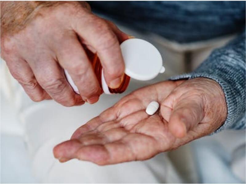 Rekurentni nesupurativni panikulitis (syndroma Pfeifer - Weber - Chistian) je bolest nepoznate etiologije udružena sa opštim simptomima. Bolest je retka, a najčešće obolevaju žene između 30. i 60. godine života.