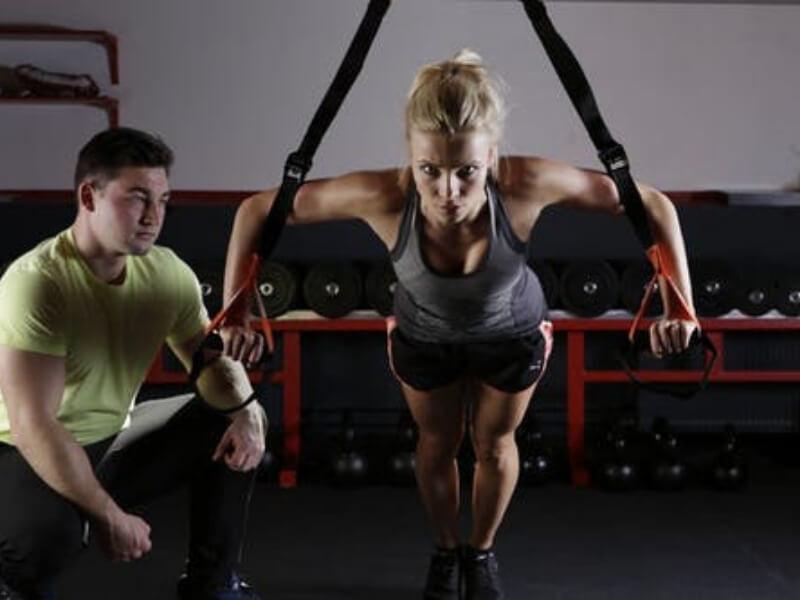 Laboratorijska i klinička ispitivanja mišića pokazala su da i u odsustvu bioelektrične aktivnosti, odnosno kontrakcije, skeletni mišići čoveka ispoljavaju određeni bazični nivo tenzije. Ova pojava se označavakao mirujući tonus mišića.