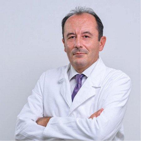 Prof. dr Vladan Živaljević je specijalista opšte hirurgije. Istaknuti je stručnjak u oblasti endokrine hirurgije. Zakažite pregled.