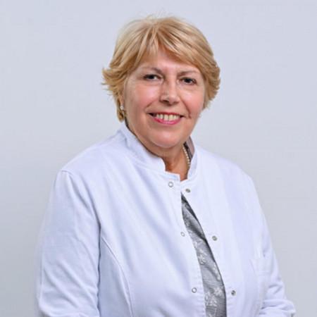 Dr Olivera Stevanović je specijalista radiologije. Radno iskustvo je stekla dugogodišnjim radom u Kliničkom centru Srbije, na Institutu za onkologiju i radiologiju.