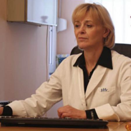 Prof. dr Vinka Vukotić Maletić, Specijalista urologije