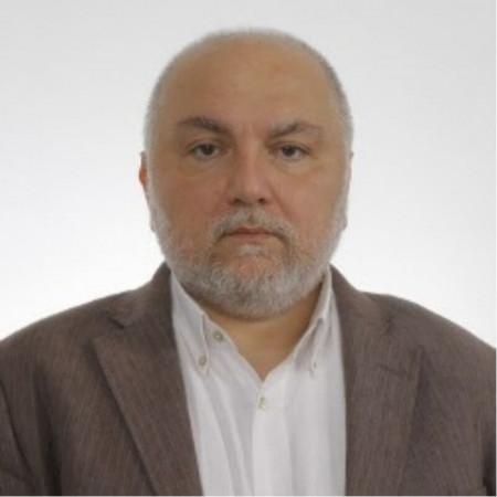 Prof. dr Vladimir Jović je doktor medicinskih nauka i specijalista psihijatrije, psihoanalitičar. Pročitajte biografiju i zakažite pregled.