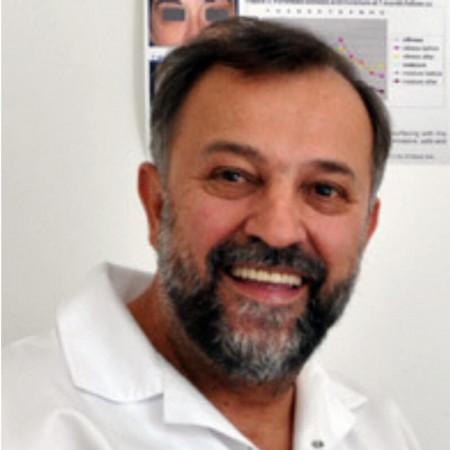 Prim. dr Jadran Bandić je specijalista plastične, rekonstruktivne i estetske hirurgije sa više od 35 godina iskustva.