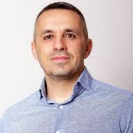 Spec. dr med. Dejan Miholčić, Specijalista plastične i rekonstruktivne hirurgije