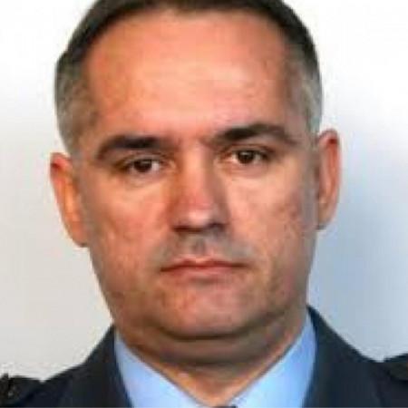 Dr Dragan Drobnjak je specijalista interne medicine i kardiolog. Načelnik je I odeljenja Klinike za kardiologiju Vojnomedicinske akademije. Zakažite pregled.