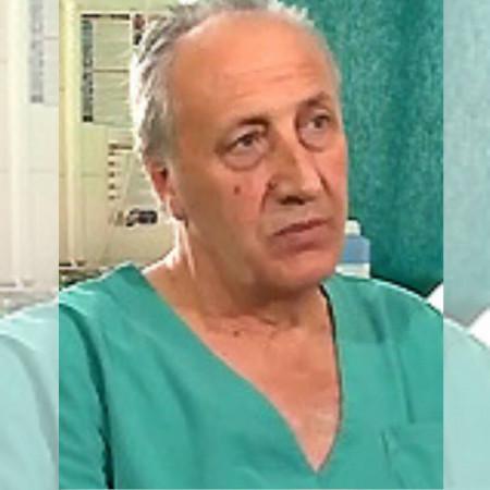 Prof. dr Momčilo Inić je specijalista onkohirurgije. Stručno se usavršavao u inostranstvu. Angažovan je kao predavač na poslediplomskim studijama iz Onkologije.