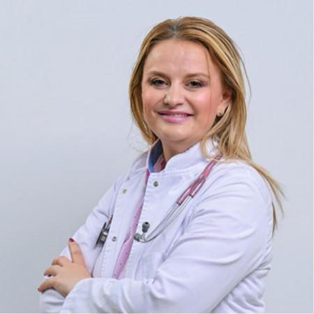 Dr Marina Vasić Prelić je specijalista interne medicine, gastroenterolog u Beogradu. Ima više od 10 godina iskustva u radu sa pacijentima.