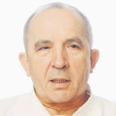 Doc. dr Radomir Samardžić je specijalista neuropsihijatrije, psihoterapeut. Stekao je zavidno profesionalno iskustvo na Klinici za psihijatriju VMA. Zakažite pregled