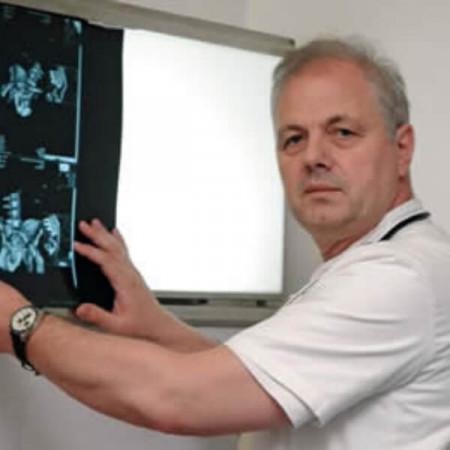 Mr sci. med. dr Neven Vavić, Specijalista interne medicine, nefrolog
