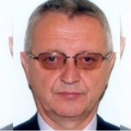 Prof dr Branko Djurović je specijalista neurohirurgije, profesor i veliki humanitarac. Bavi se i epilepsijama i urgentnim stanjima u neurohirurgiji. Zakažite pregled