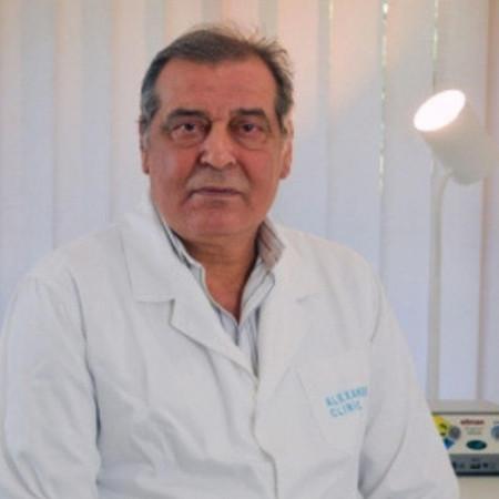 Dr Mile Vraneš je specijalista opšte i kardiovaskularne hirurgije sa 36 godina radnog iskustva i sa preko 10 hiljada operacija na srcu i krvnim sudovima.