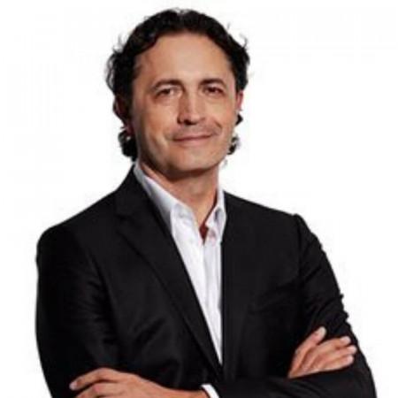 Prof. dr Miodrag Colić, Specijalista plastične, rekonstruktivne i estetske hirurgije