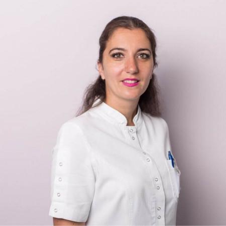Spec. dr med. Kristina Savić, Specijalista oftalmologije