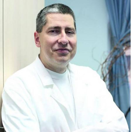 Dr Oleg Krneta je specijalista ortopedske hirurgije i traumatologije u Beogradu. Bavi se hirurgijom i lečenjem oboljenja kičmenog stuba.