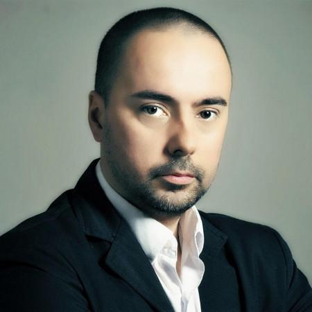 Dr Milan Popović, Doktor medicine na specijalizaciji psihijatrije, RE&KBT psihoterapeut superv.