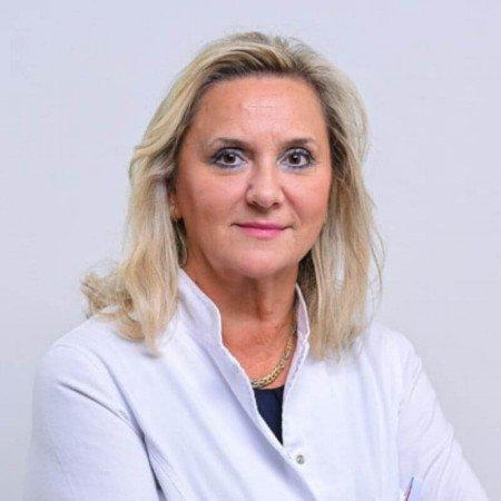 Dr Ljiljana Jemuović je specijalista infektivnih bolesti. Posebne oblasti interesovanja su joj lečenje hepatitisa i drugih bolesti gastrointestinalnog trakta.