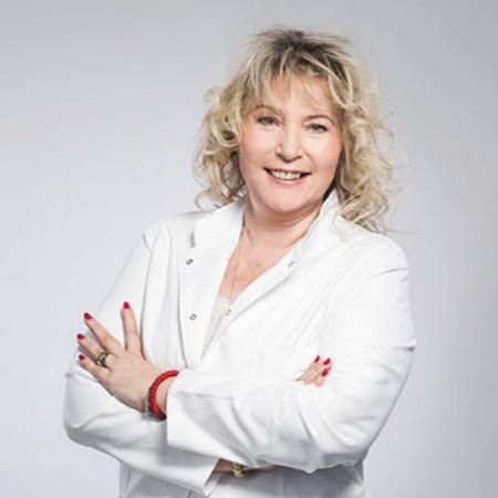 Dr Lidija Jevđić je specijalista interne medicine i kardiologije zaposlena u Kliničkom centru Srbije. Pročitajte biografiju i zakažite pregled.