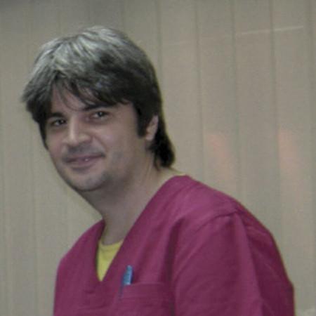 Dr Slobodan Srećković, Subspecijalista gastroenterohepatologije