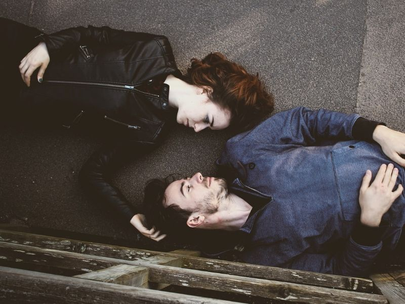Kada i kako reći partneru da bolujete od polno prenosive bolesti?