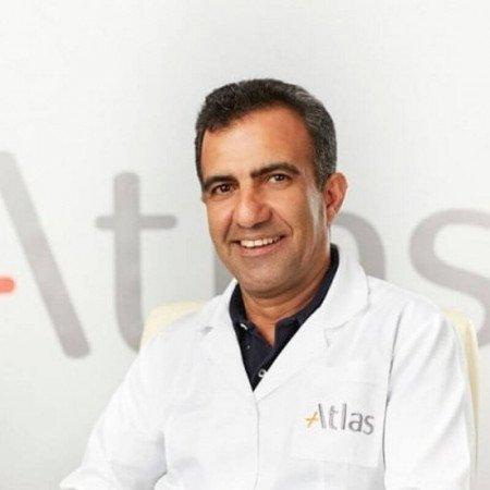 Doc dr Ebrahim Keramatollah je specijalista opšte hirurgije sa višegodišnjim iskustvom.  Bavi se, pre svega, hirurgijom digestivnog trakta.