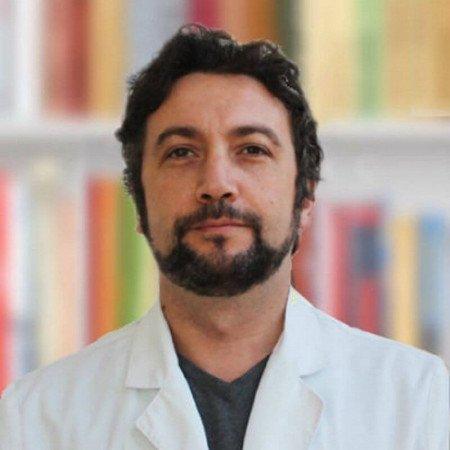 Dr sci. med. Nenad Živković, Neurohirurg i naučni saradnik