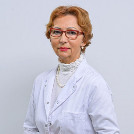 Dr Gordana Cvetković Vidić, Specijalista interne medicine i kardiolog