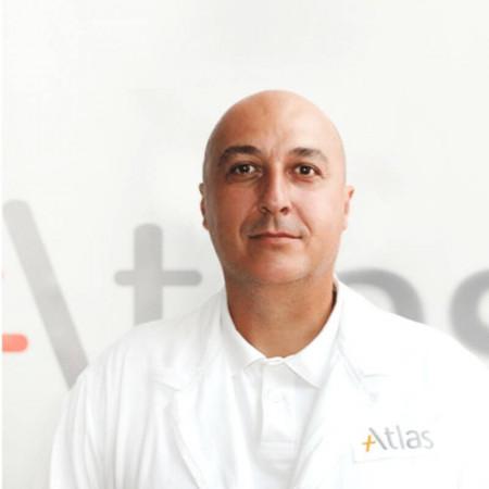 Dr Mirko Jovanović je specijalista urologije u Beogradu. Bavi se lečenjem poremećaja mokrenja.
