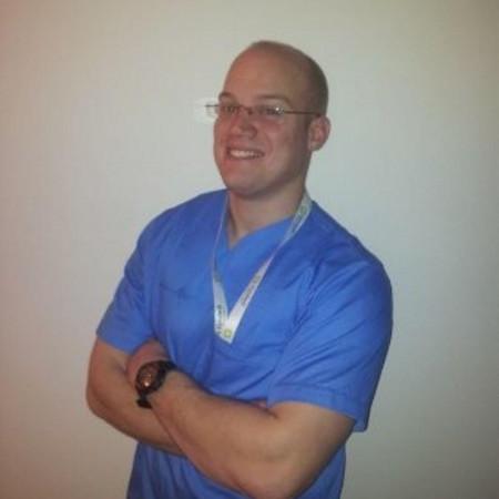 Dr Miodrag Vranješ je ortoped iz Novog Sada