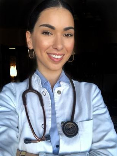 Dr Olga Mitrović, Doktor opšte medicine