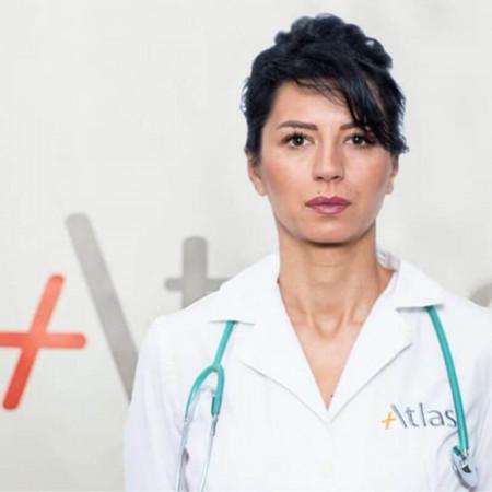 Dr Sanja Filipović je specijalista anesteziologije sa reanimatologijom sa višegodišnjim iskustvom. Bavi se uvođenjem u opštu anesteziju kao i terapijom bola.