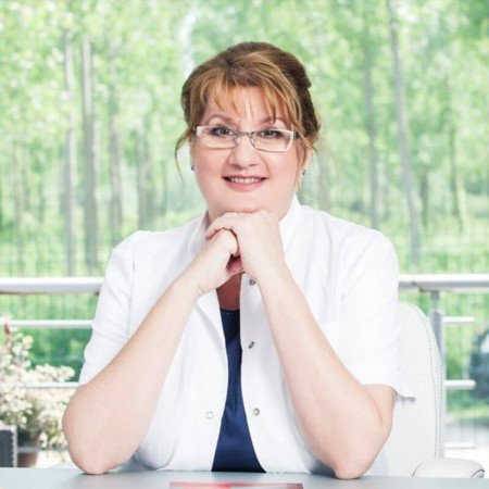 Dr Jasmina Kozarev, Specijalista dermatovenerologije