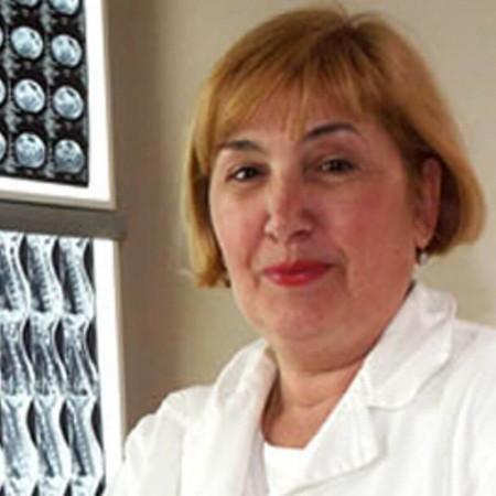 Dr Vesna Perić je specijalista radiologije sa dugogodišnjim radnim iskustvom. Trenutno radi u Beogradu.