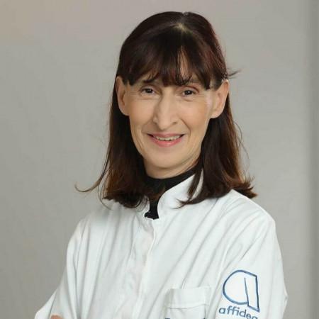 Dr Sanja Pavlović je specijalista neuropsihijatrije sa dugogodišnjim radnim iskustvom. Radi u Beogradu.