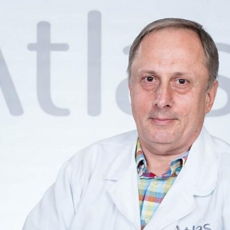 Doc. dr Ivan Milošević je specijalista ortopedije sa traumatologijomsa dugogodišnjim radnim iskustvom. Oblast stručnosti su mu traume koštano zglobnog sistema.