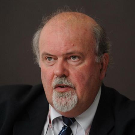 Prof. dr Vladimir Ćuk, Specijalista digestivne hirurgije