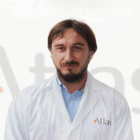 Dr Nikola Lukač je specijalista urologije u Beogradu. Uža oblast interesovanja mu je urološka endoskopija.