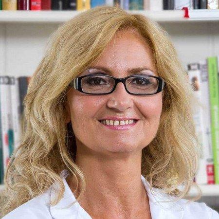 Dr Jasmina Rebić Jelić je specijalista oftalmologije u Beogradu. Uža specijalnost joj je dečja oftalmologija i strobologija.