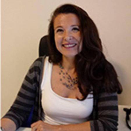 Dr Melina Bojković specijalista je psihijatrije iz Beograda. Oblasti kojima se uže bavi su psihoanaliza i bolesti zavisnosti.